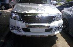Neat Foreign used Toyota Hilux 2.7 VVTi 4x4 SRX 2008 White