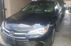 Selling 2016 Toyota Camry sedan automatic in Lagos