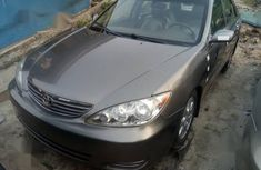 Clean Tokunbo Toyota Camry XLE 2004 Gray