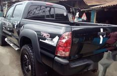 Super Clean Foreign used Toyota Tacoma 2009 Black