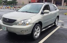 Sell well kept 2006 Lexus RX suv / crossover automatic at price ₦2,350,000