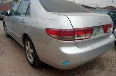 Neat Nigerian used Honda Accord 2004 Silver