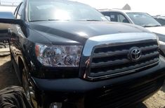 Selling 2015 Toyota Sequoia in good condition at mileage 0