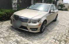Selling authentic 2011 Mercedes-Benz C300 in Lagos