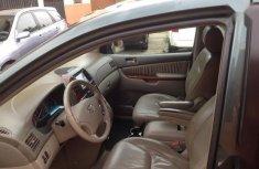 Clean Nigerian used Toyota Sienna 2005 XLE Green