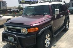 Sell well kept red 2007 Toyota FJ CRUISER suv / crossover at price ₦3,700,000
