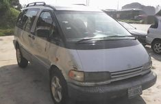 Neat Nigerian used Toyota Previa 1999 Silver