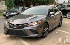 Very clean Tokunbo Toyota Camry 2019 Gray