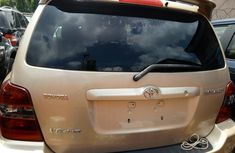 Selling gold 2007 Toyota Highlander at cheap price