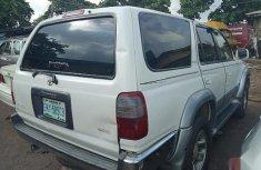Neat Nigerian used Toyota 4-Runner 2000 White