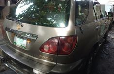 Very clean Nigerian used Lexus RX 2001 Gold