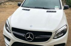 Neat Foreign used Mercedes-Benz GLE-Class 2018 White