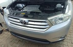 Neat Foreign used Toyota Highlander 2011 Limited Silver