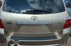 Neat Foreign used Toyota Highlander 2007 Limited V6 4x4 Gold