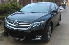 Neat Foreign used Toyota Venza 2013 XLE AWD V6 Black