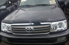 Used black 2006 Toyota Land Cruiser car automatic at attractive price