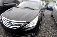 Super clean Tokunbo Hyundai Sonata 2011 Model  Black