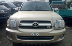 Foreign Used Toyota Sequoia 2006 Model Gold for Sale