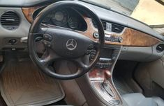 Neat Tokunbo Mercedes-Benz CLS 2006 Silver