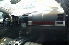 Semi Clean Nigerian Used Volkswagen Touareg 2004 Black