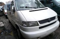 Foreign Used Volkswagen Caravelle 2002 Minibus