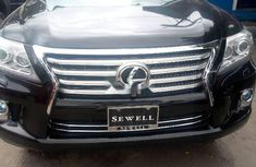 Neatly used black 2013 Lexus LX automatic in Lagos
