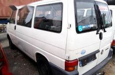 Clean Foreign Volkswagen Transporter 2000 Model  White