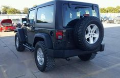 Very Clean Foreign used Jeep Wrangler 2009 3.8 Sahara 4x4 Green