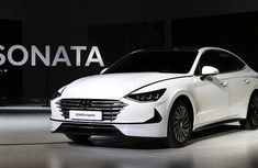2020 Hyundai Sonata Hybrid makes global debut with world's first active shift control transmission
