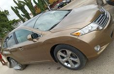 Very Clean Foreign used Toyota Venza 2011 V6 AWD Gold