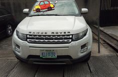 Need to sell high quality 2012 Land Rover Range Rover Vogue at price ₦7,500,000