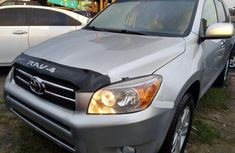 Used 2008 Toyota RAV4 suv / crossover automatic for sale at price ₦3,100,000