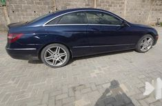 Neatly Used Nigerian Used Mercedes-Benz E350 2010 Blue