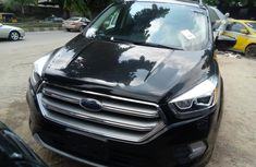 Sell sparkling 2017 Ford Escape suv / crossover automatic