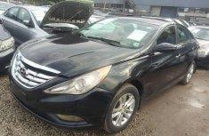 Sell used black 2012 Hyundai Sonata sedan automatic at cheap price