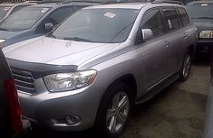 Clean Toyota Highlander 2010 Model  for Sale