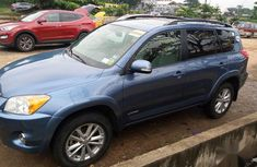 Neat Foreign used Toyota RAV4 Limited V6 4x4 2009 Blue