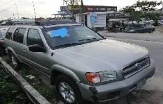 Need to sell cheap used 2002 Nissan Pathfinder automatic in Lagos