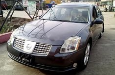 Sell used grey/silver 2006 Nissan Maxima sedan automatic in Lagos