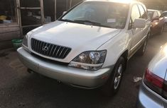 Best priced white 2000 Lexus RX suv / crossover automatic
