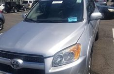 Clean Tokunbo Used Toyota RAV4 2011 Limited Silver
