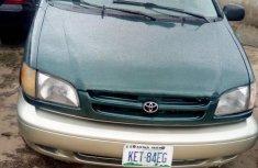 Neat Nigerian used Toyota Sienna 2001 Green