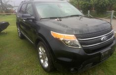 Need to sell high quality 2014 Ford Explorer suv / crossover automatic