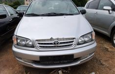 Need to sell grey/silver 2004 Toyota Picnic at mileage 76,110 in Abuja