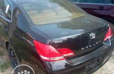 Neat Foreign used Toyota Avalon 2010 Black