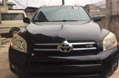 Selling black 2006 Toyota RAV4 automatic