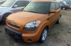 Neat Foreign used Kia Soul Automatic 2011 Gold
