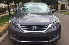 Super clean Tokunbo Used Honda Accord 2014 Gray
