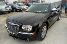 Neat Nigerian used Chrysler 300C 2010 Black