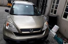 Sell well kept 2009 Honda CR-V automatic